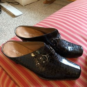 Aerosole Brown Leather Mules. Size 10